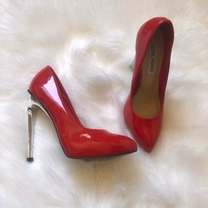 Steve Madden Lipstyck Stiletto Pumps